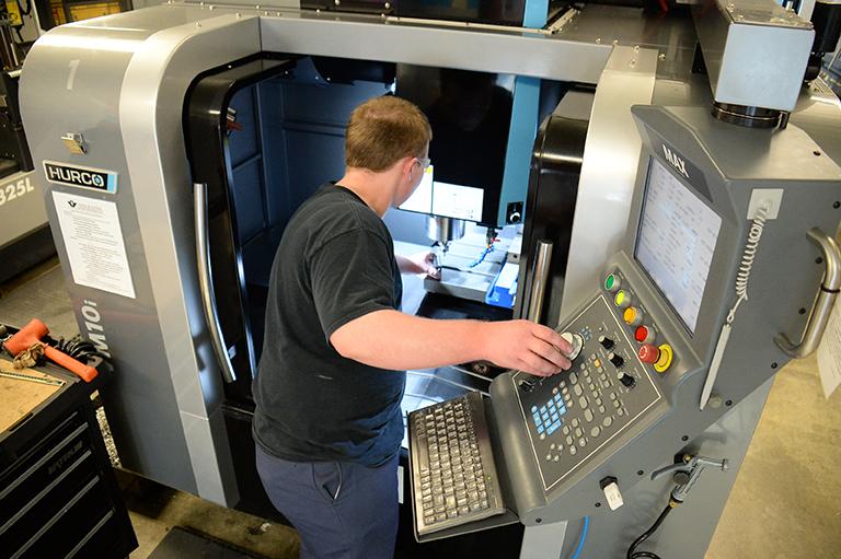 Advanced CNC Machining & Programming (ASCT) - Vincennes University